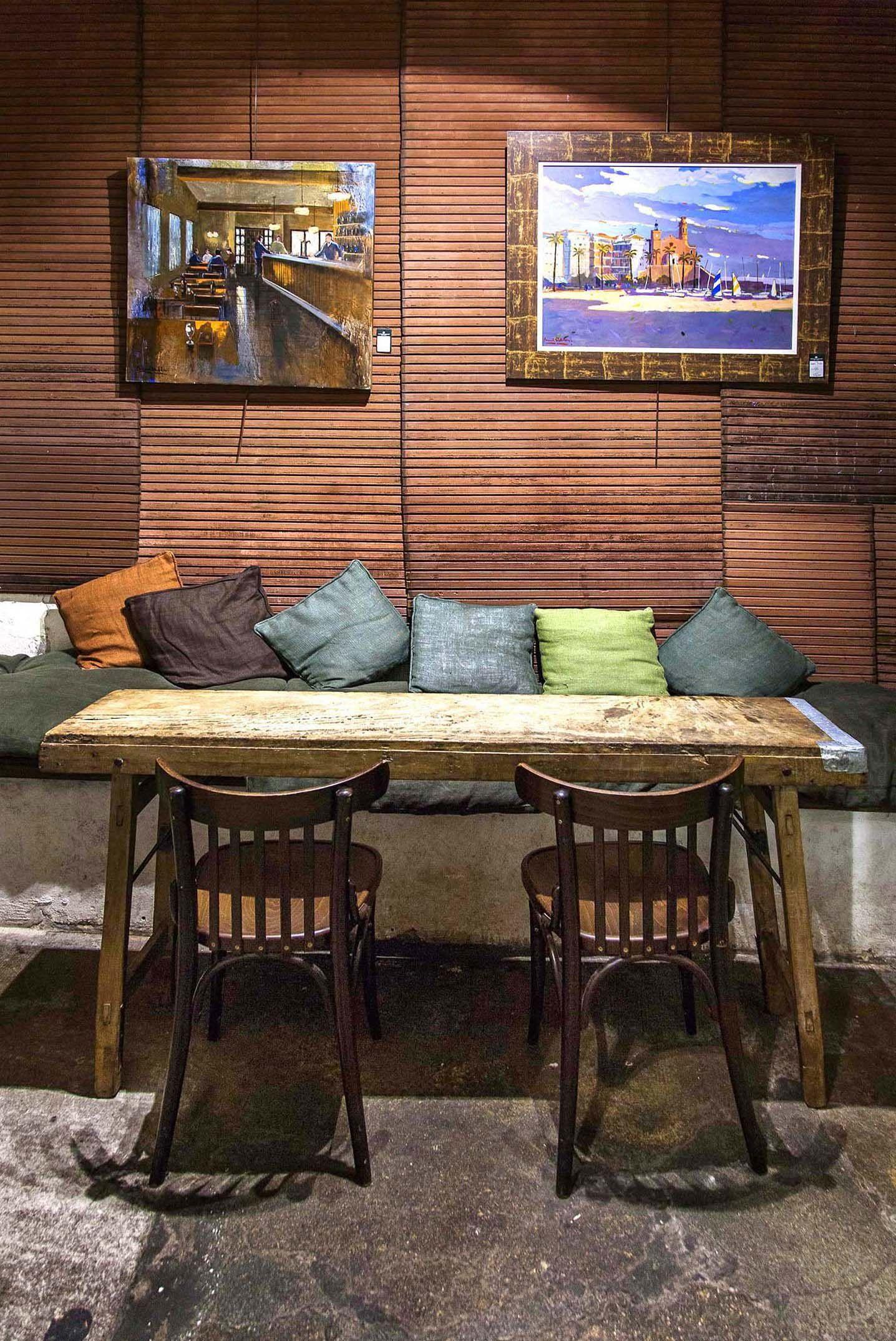 Marita ron heritage cafe a coru a cafes for Decoracion de restaurantes