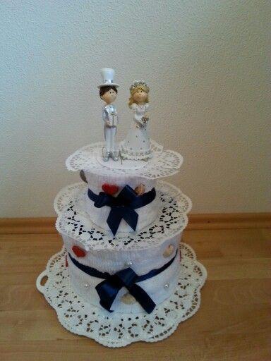 Hochzeitstorte aus Handtüchern