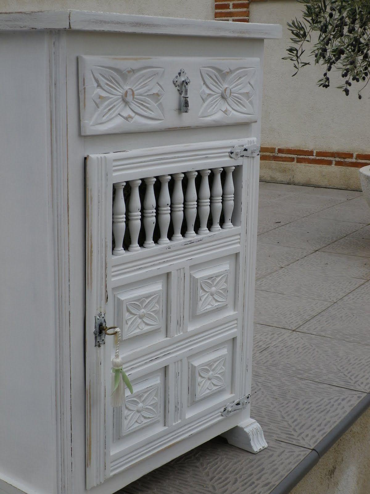 Antes y despu s de un mueble castellano castellanos for Pintar muebles barnizados