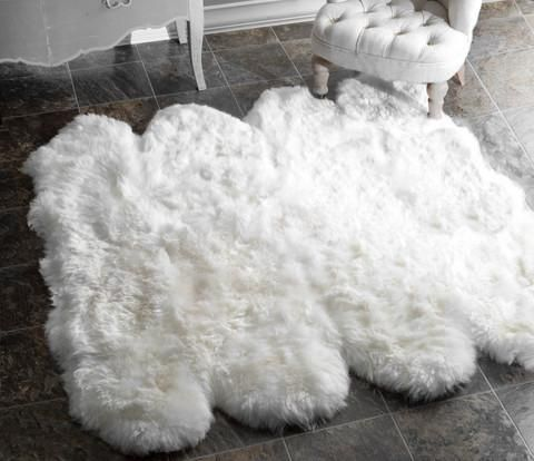 A Gorgeous Fluffy Sheepskin Rug Is A Soft And Elegant Room Accessory For Your Home Made Of New Zealand Sheepski Shag Rug White Sheepskin Rug Natural Area Rugs