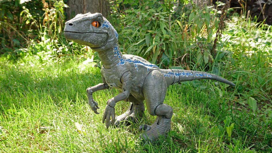 Sony Can Keep Its Plastic Dog This Robotic Raptor Is My New Perfect Pet Jurassic Movies Dogs Pets