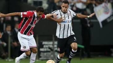 Este miercoles Sao Paulo recibe al Corinthians (8:00 p.m por FOX Sports2) en el cierre de grupos de Copa Libertadores. April 21, 2015.