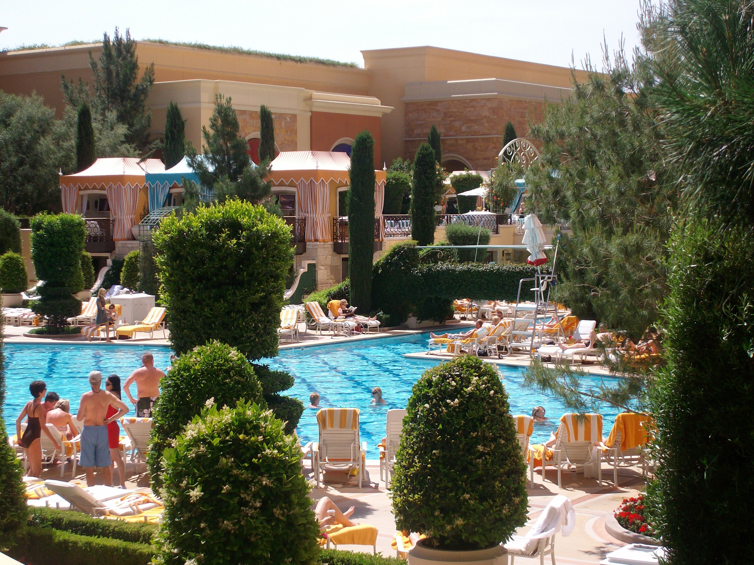 Wynn 39 s wonderful pool las vegas vegas 2014 pinterest for Pool show las vegas november