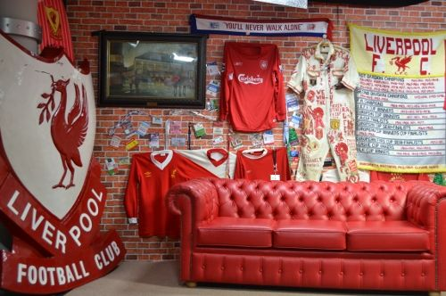 exciting football theme bedroom lfc room idea   Pin on #4theloveofsoccer