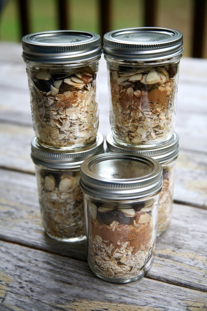 How do you make the quickest breakfast even quicker? Prep your entire week of overnight oats all at once.  The best way to weight loss in 2016! - Look here! #healthyrecipe #weightlosemotivation #weightlosesmoothies #weightloseformen