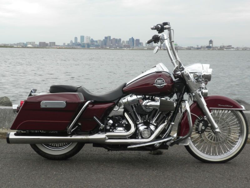 Harley-Davidson : Touring 2008 Road King Classic (Gangster!)
