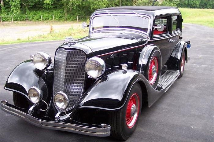 Old Lincoln Cars 1934 Burgandy Lincoln Town Car Car Picture Old