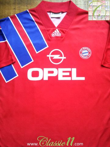 sports shoes 49dbf be284 Relive Bayern Munich s 1992 1993 season with this vintage Adidas home football  shirt.