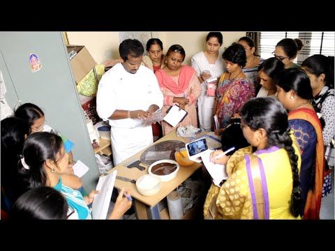 Chocolate Making Classes Conducted by ChocoFantasy Training and Finishing School Part -3 - YouTube