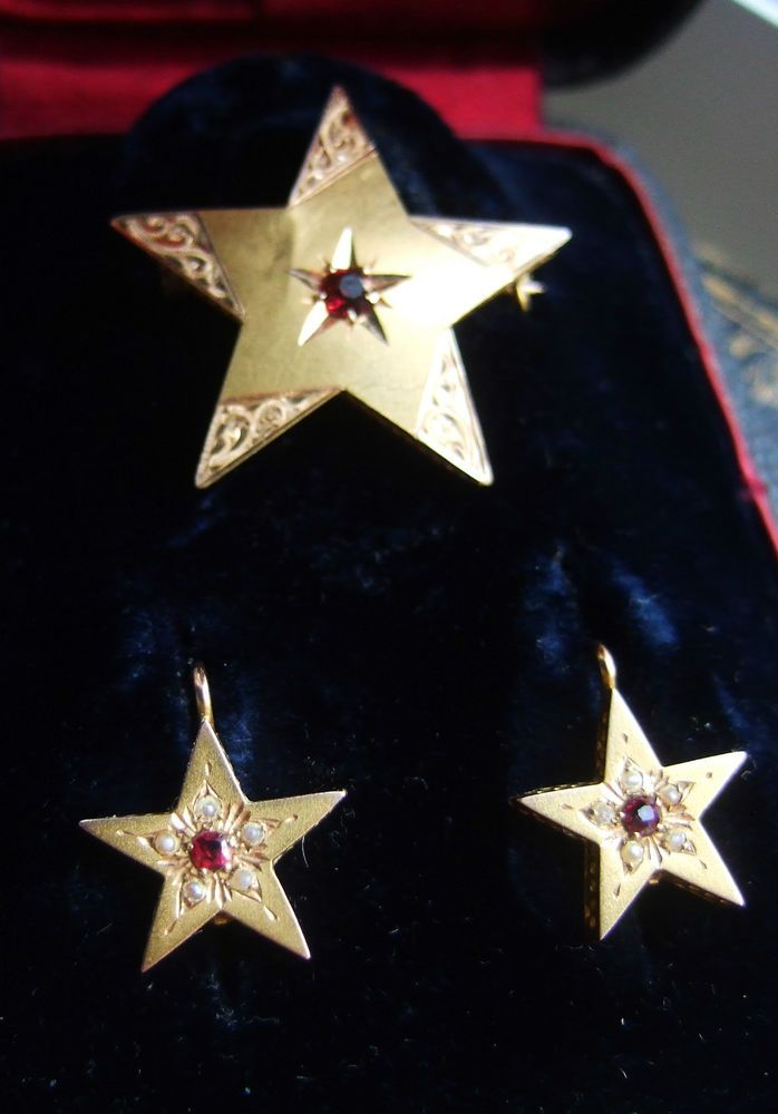 Antique French Victorian 18ct Gold Star leverback Earrings and Brooch