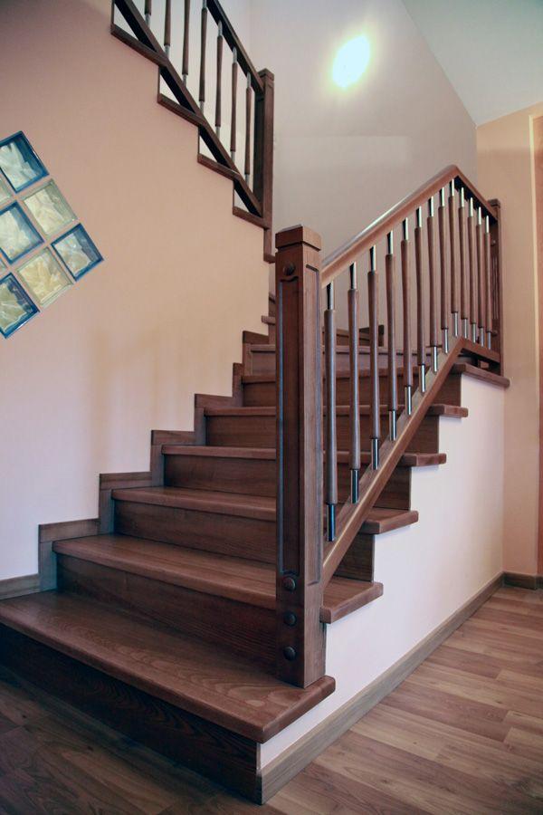 Torneados fuentespalda barandillas y escaleras de madera forja hierro acero inoxidable y - Escaleras de madera para interior ...