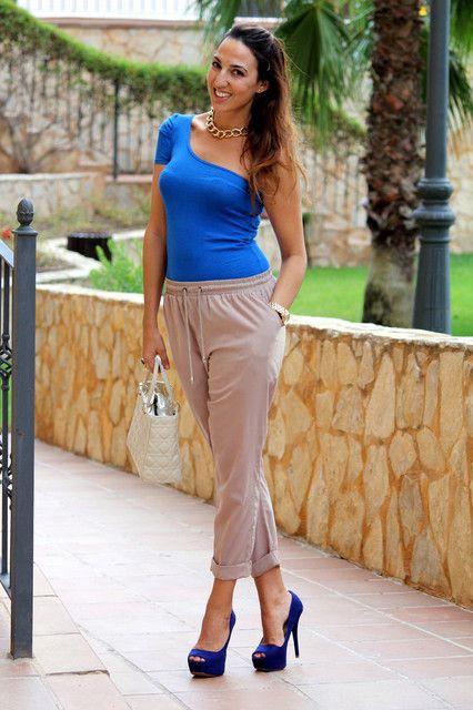 Looks Con Zapatos Azules Trendtation Zapatos Azules Como Combinar Zapatos Azules Zapatos Azul Marinos