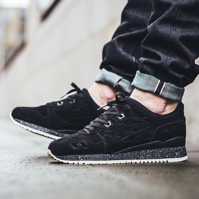 sports shoes add1f af310 Reigning Champ x Asics Gel-Lyte III - Black/Black RELEASE ...
