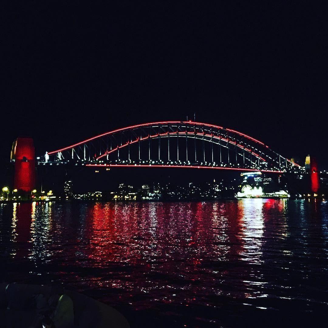 #cny2016 #sydneyharbourbridge #red #yearofthemonkey #2016 #sydney #australia #nightshot #fortune by trychaseme http://ift.tt/1NRMbNv