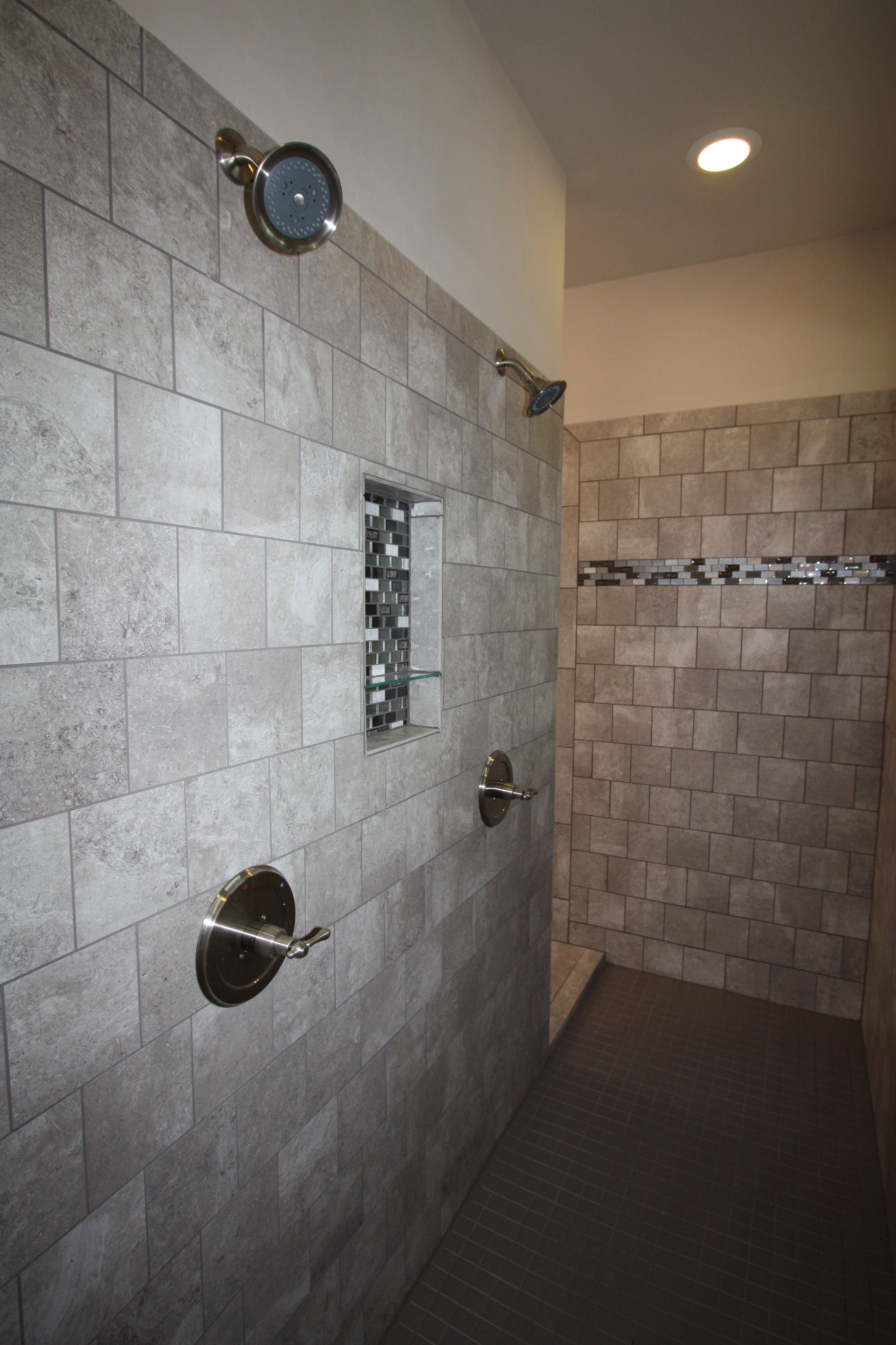 Two Person Walk In Shower With Stone Brick Tile Mosaic Listel And Small Mosaic Niche In The Wall Stone Shower Shower Two Person Shower