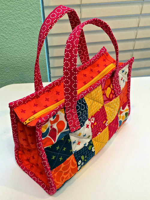 This Charming Tote Can be Used as a Purse