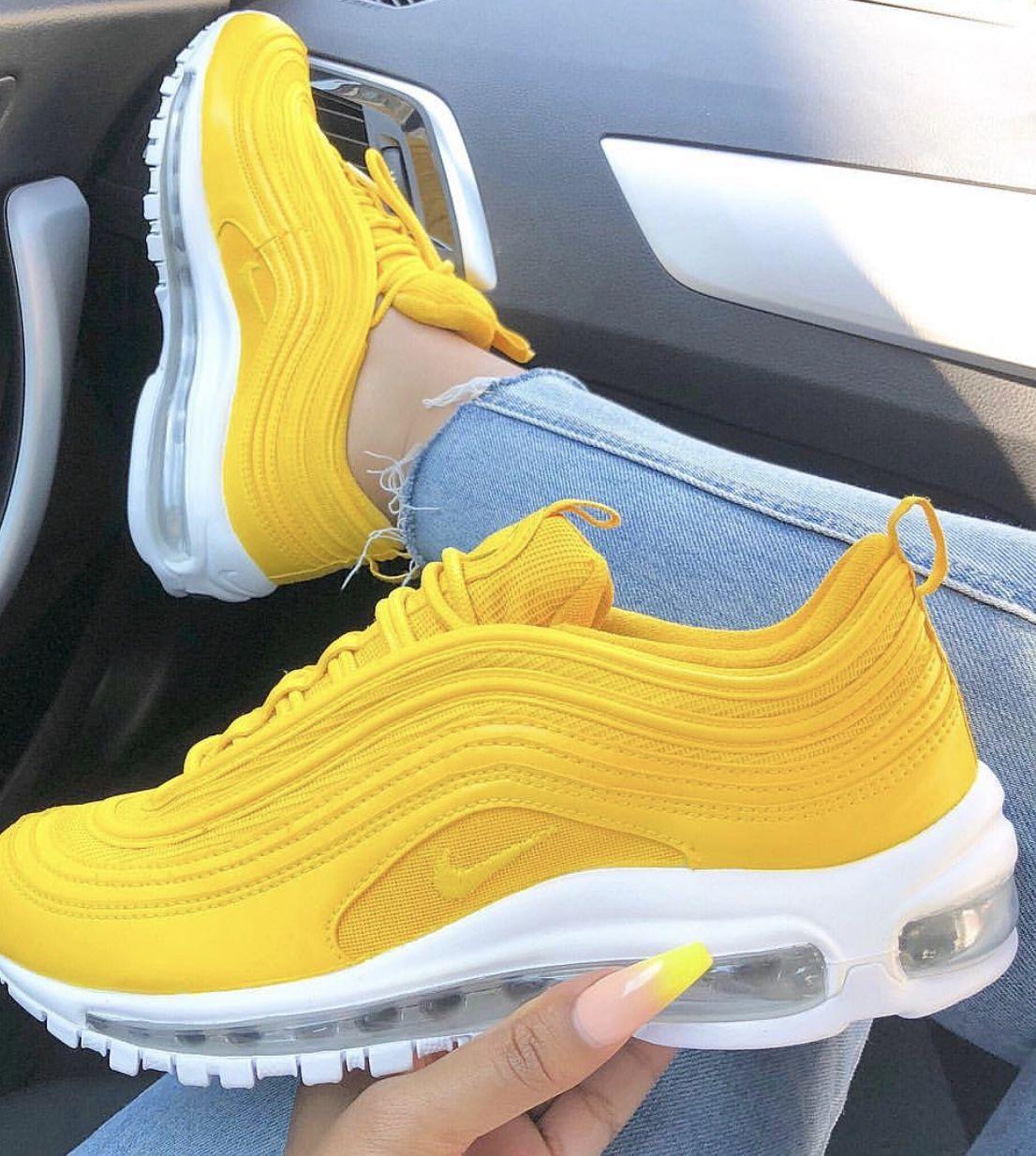 Pin van juuuulll op shoes | Nike schoenen, Schoenen