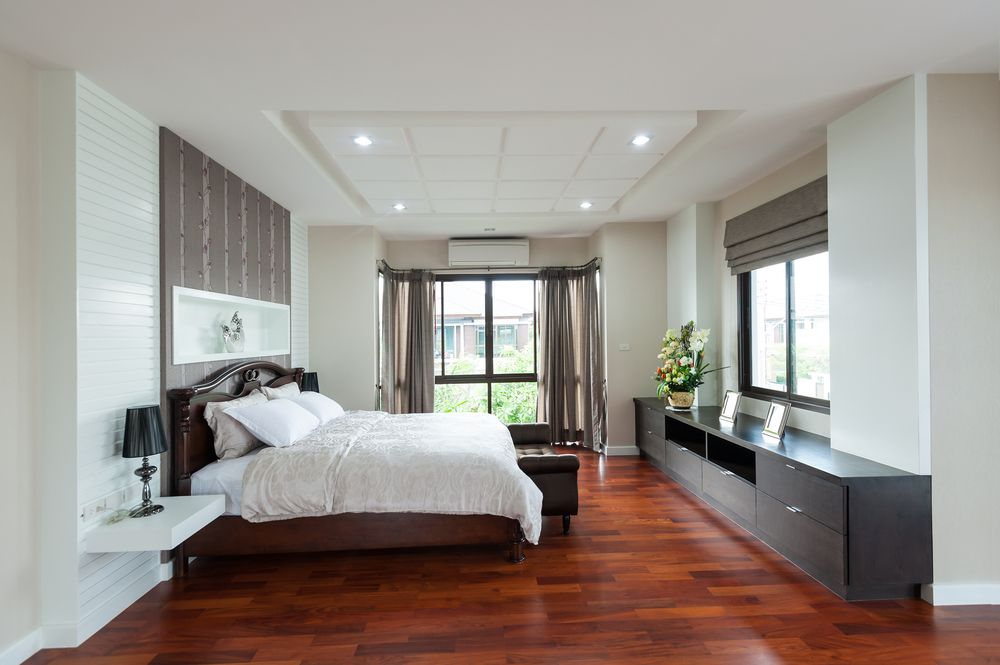 Cherry Wood Floors With Gray Walls