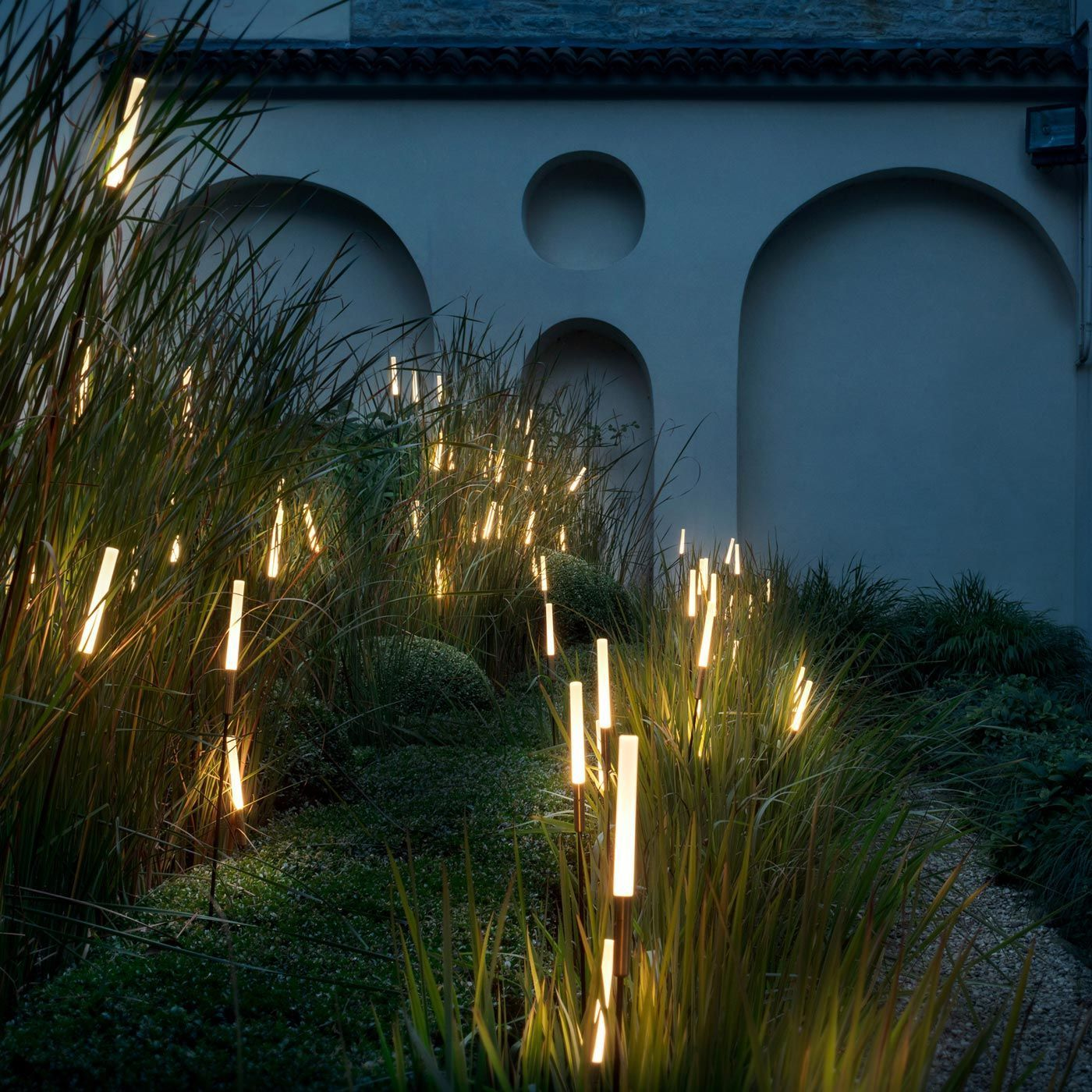 Syphasera Outdoor Spike Lamp In 2020 Led Garden Lights Outdoor Path Lighting Minimalist Garden