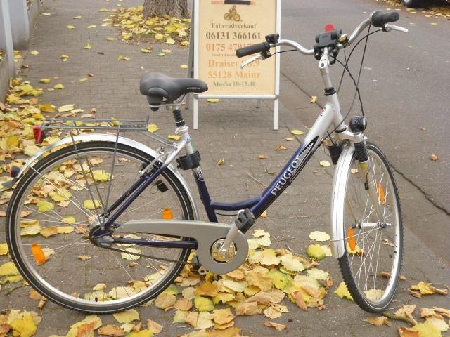 11 7 Gang Rucktrittsbremse 28 Zoll Rh 49 Gabel Und Sattel Gefedert Alu Rahmen Gebrauchte Fahrrader Sattel Rad