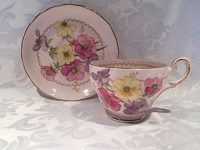 Elegant-Pink-Tuscan-Fine-Bone-China-Tea-Cup-and-Saucer-with-flowers