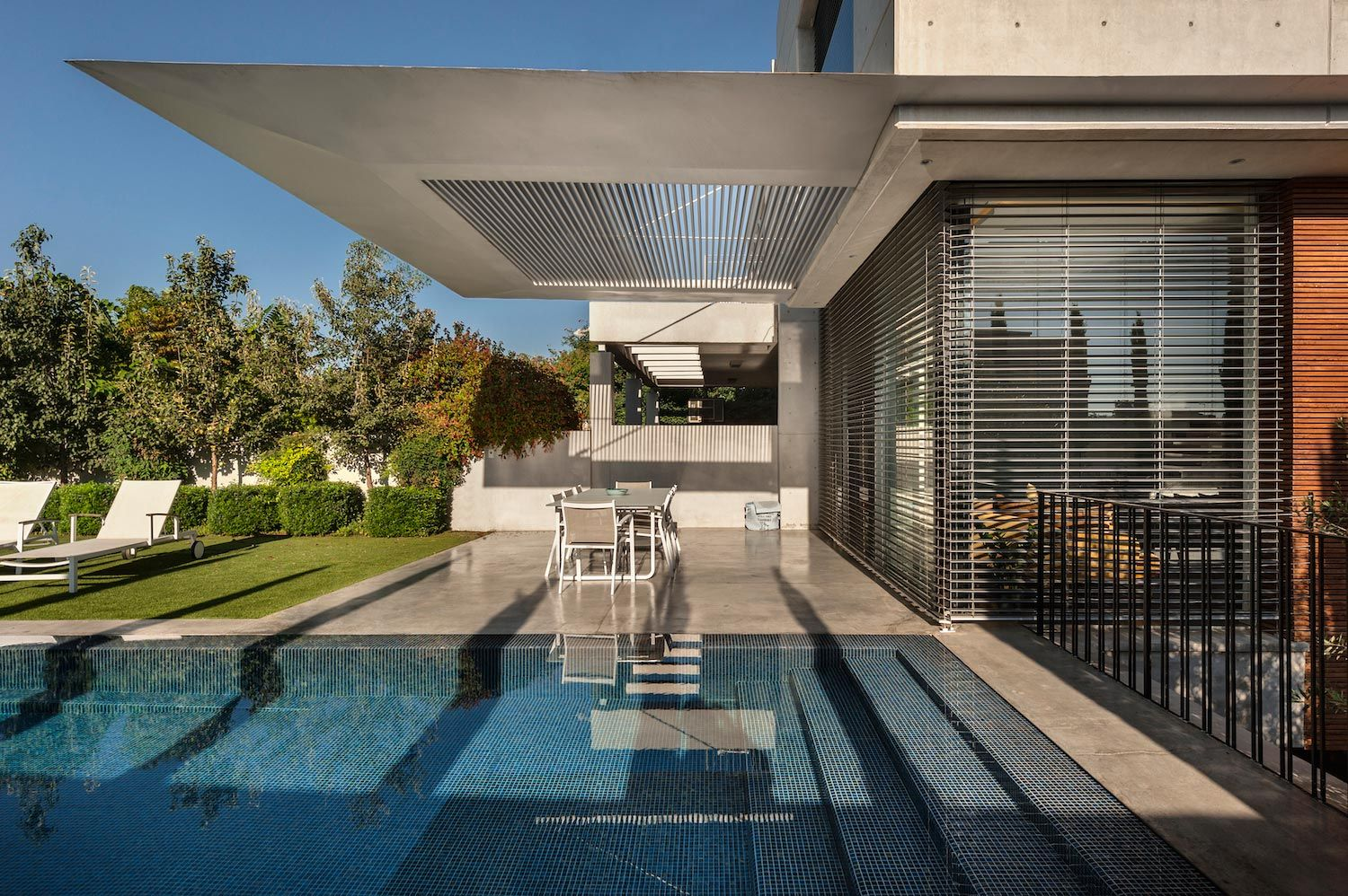 Dan And Hila Israelevitz Design An Ideal Contemporary Home For A Family With Three Grown Up Children Doski Vdohnoveniya