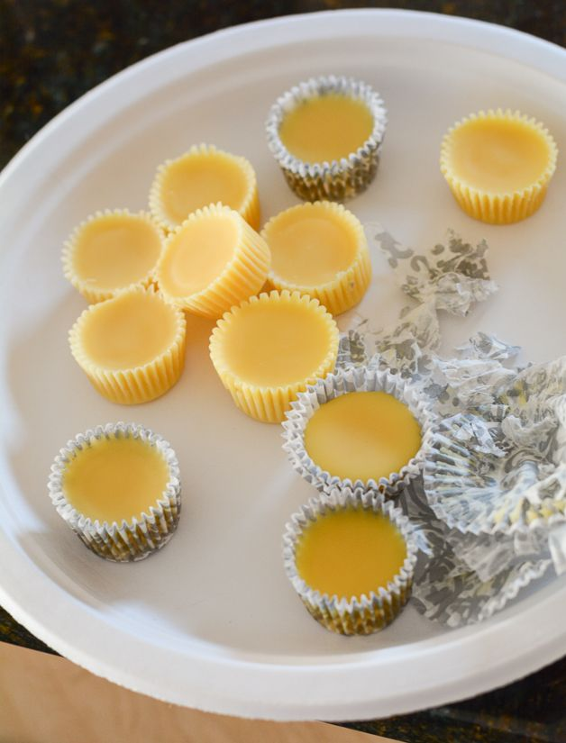 Don't throw away the very last of your candle's wax...turn it into DIY wax melts using muffin wrappers | make homemade wax melts