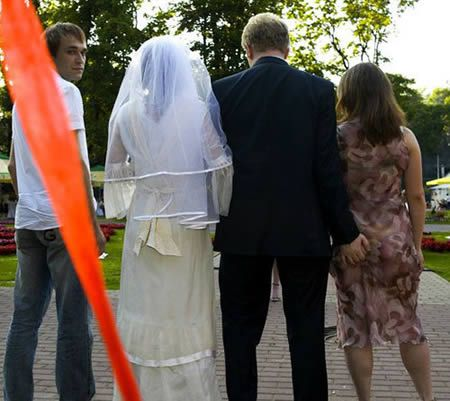 Image result for funny wedding pictures  -  bride caught Groom holding bridesmaid booty