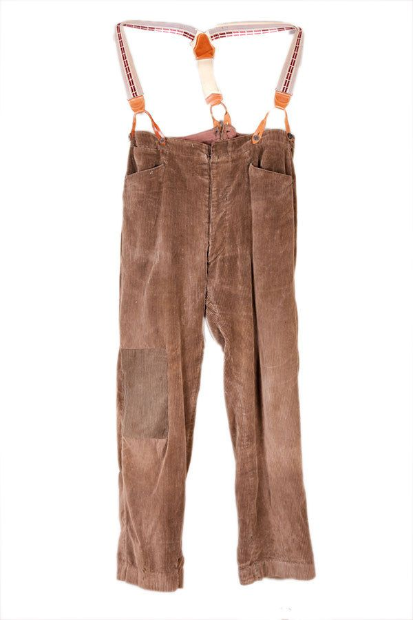 Articles similaires à Pantalon de paysan en velours France années 30 sur  Etsy