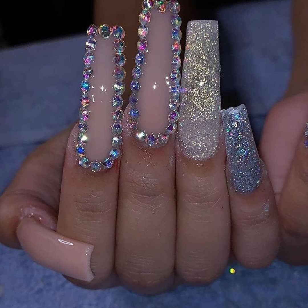 "Acrylic Nails's Instagram profile post: ""These Pretty Nails👌 Follow @theacrylicnails DM FOR CREDIT... . . #youngnails #chromenails #nailextensions #gelpolish #gelmani #blingnails…"""