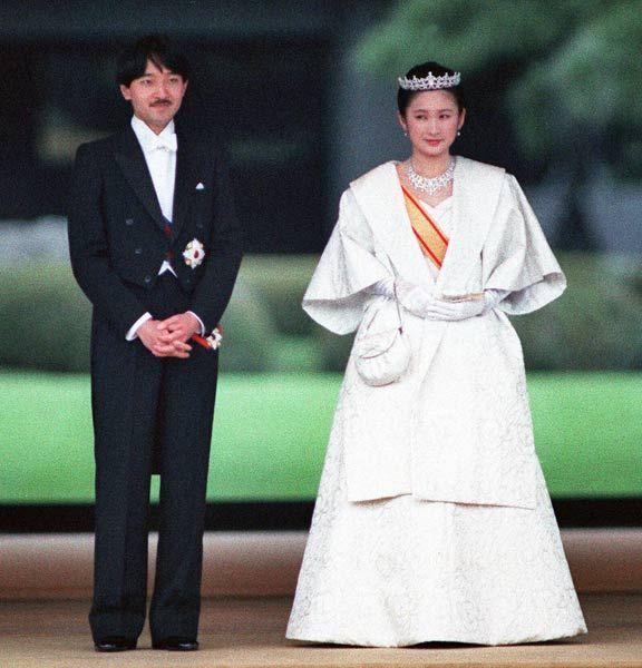天皇家の次男、礼宮さまと紀子さまの「結婚の儀」が1990年6