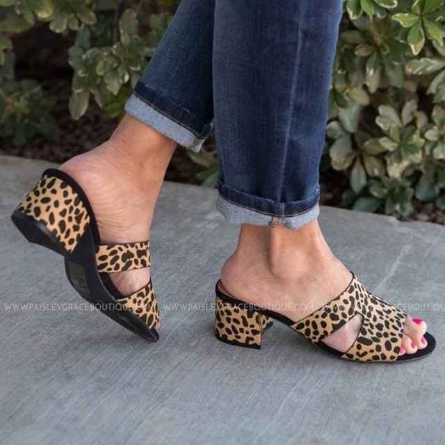 Kick It Up A Notch With These ADORABLE #leopard Shoes! ️So