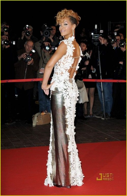 celebrity dresses | red carpet dresses | The Glamourous Life ...