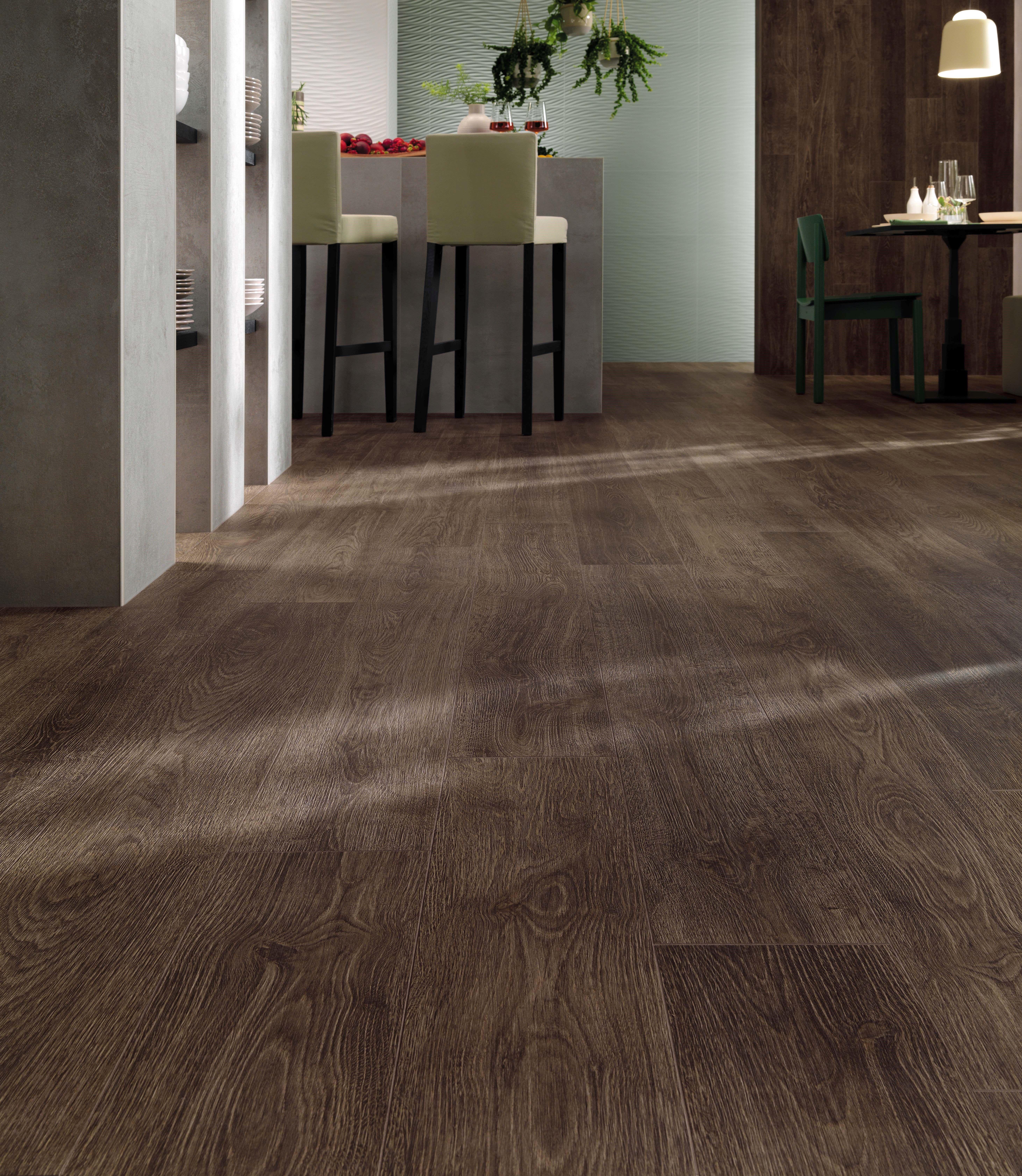 Dark Wood Floors Using Minoli Porcelain Tiles Create Exceptional Rooms With Minimal Maintenance And Maximum Impact Minoli A Wood Effect Tiles Wood Like Tile Wood Look Tile