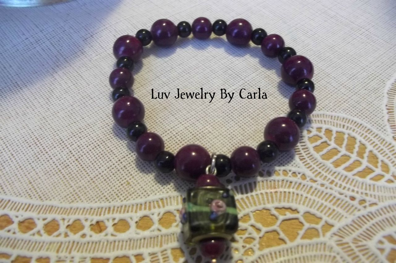 glass beaded bracelet purple and black glass beads