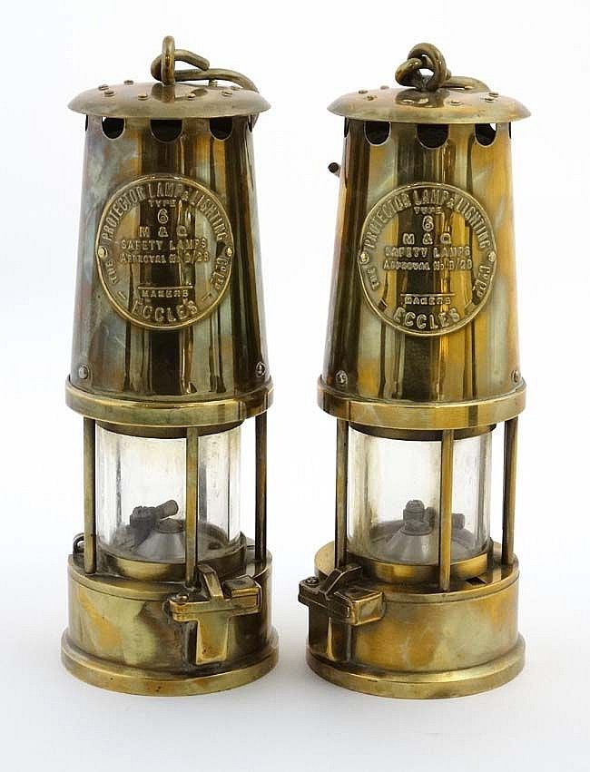 Davy Lamps A Pair Of M Q Safety Lamps Type 6 Lamp Pairs Safety