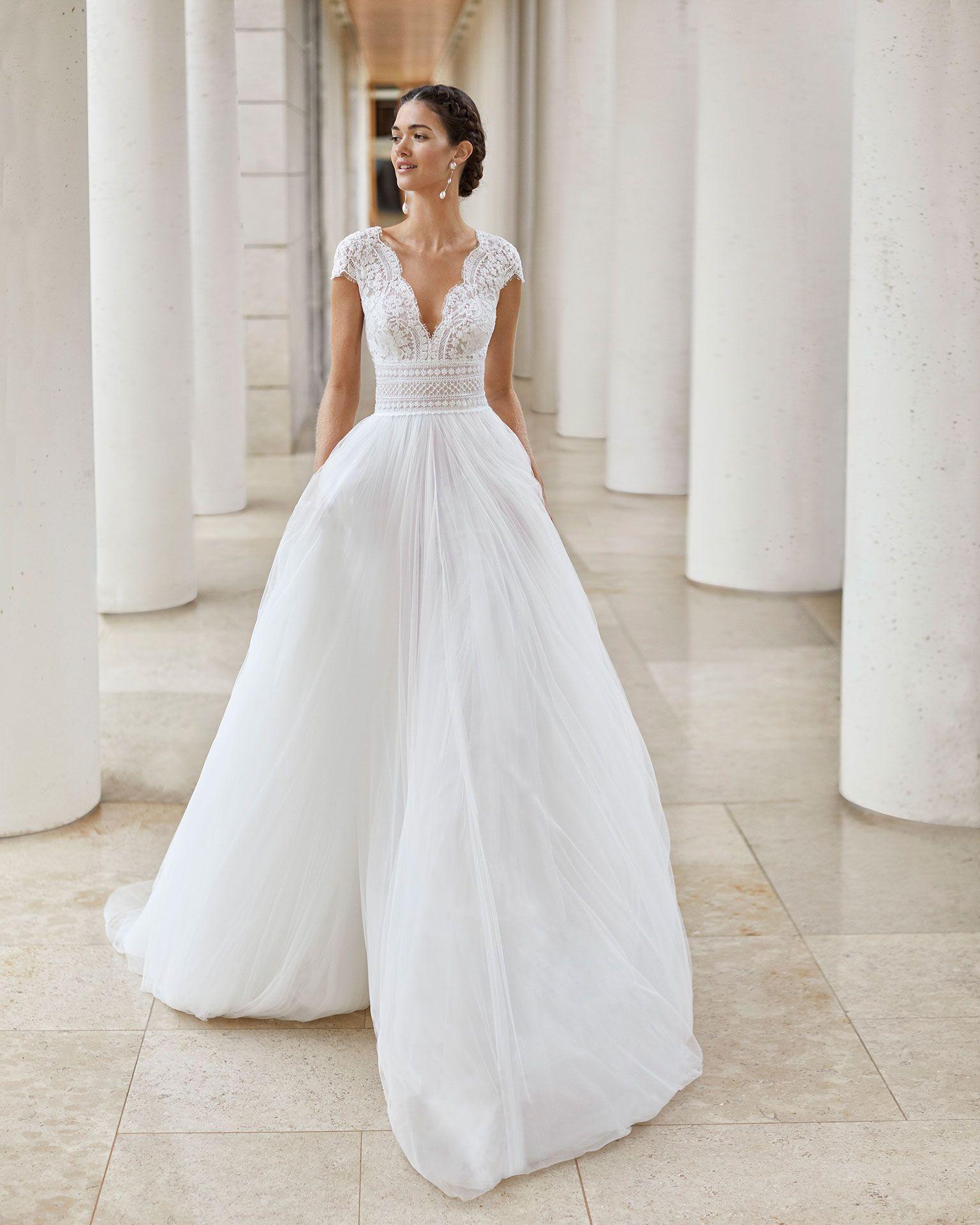 Sauca Bridal 2020 Rosa Clara Couture Collection Wedding Dresses Lace Wedding Dress Trends Wedding Dresses