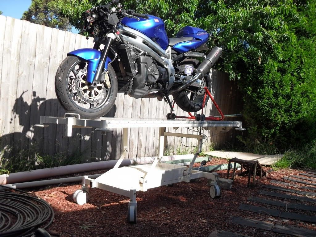 Motorcycle Table Lift By Falcopops Homemade Motorcycle Table Lift Adapted From A Surplus Hospital Bed Homemade Motorcycle Motorcycle Motorcycle Lift Table