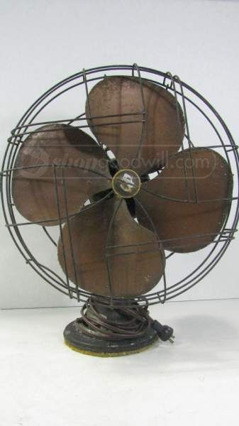 Vintage 1948 Emerson Electric Fan Model 77648 An Emerson Electric Electric Fan Antique Fans