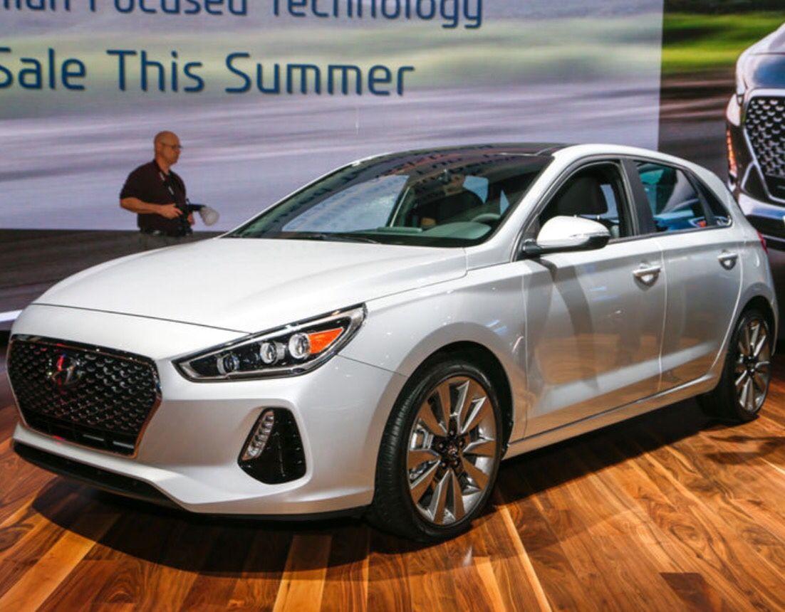 The Daily Word — 2018 Hyundai Elantra GT vs 2016 Hyundai