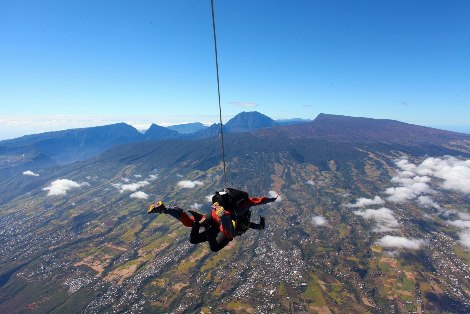 saut en parachute a la reunion
