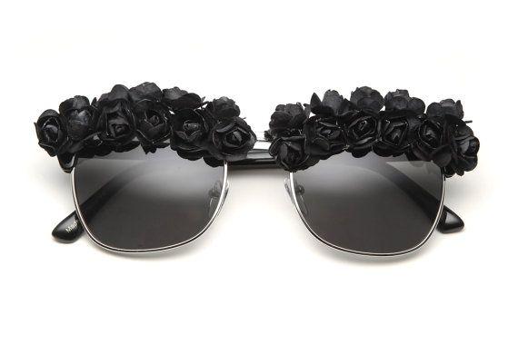 Victoria Flower Sunglasses Black/Black by 80sPurple on Etsy, $38.00
