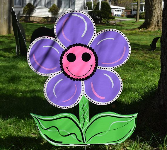 Happy Daisy Yard Art Stake Wood Painted Flower Garden Stake