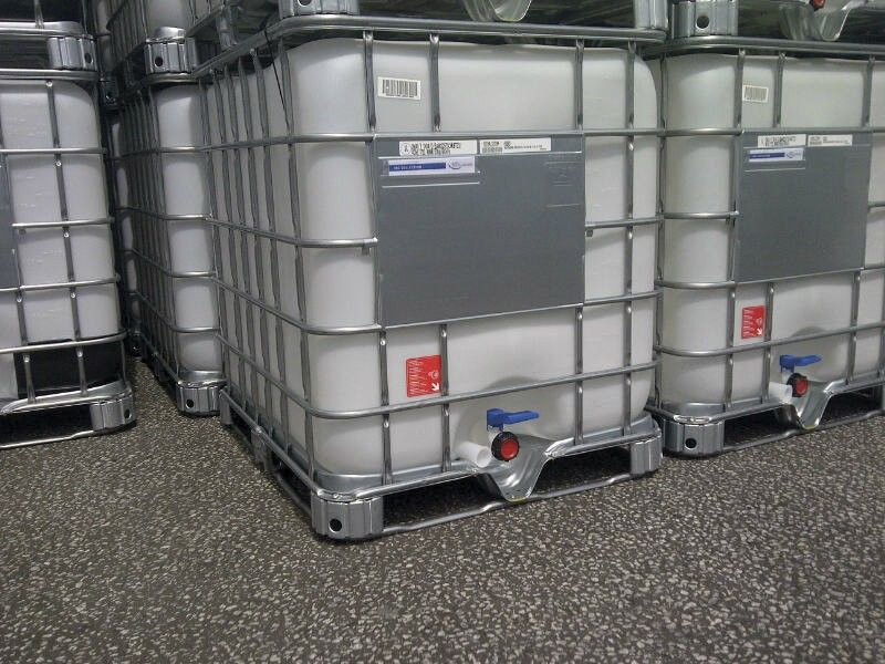 Intermediate Bulk Container Ibc 1000 Litre Capacity 1200h X 1000w X 1151d Mm Steel Caging Chemical Resistant Un Approved Group 2 Fork Steel Cage Storage Ibc