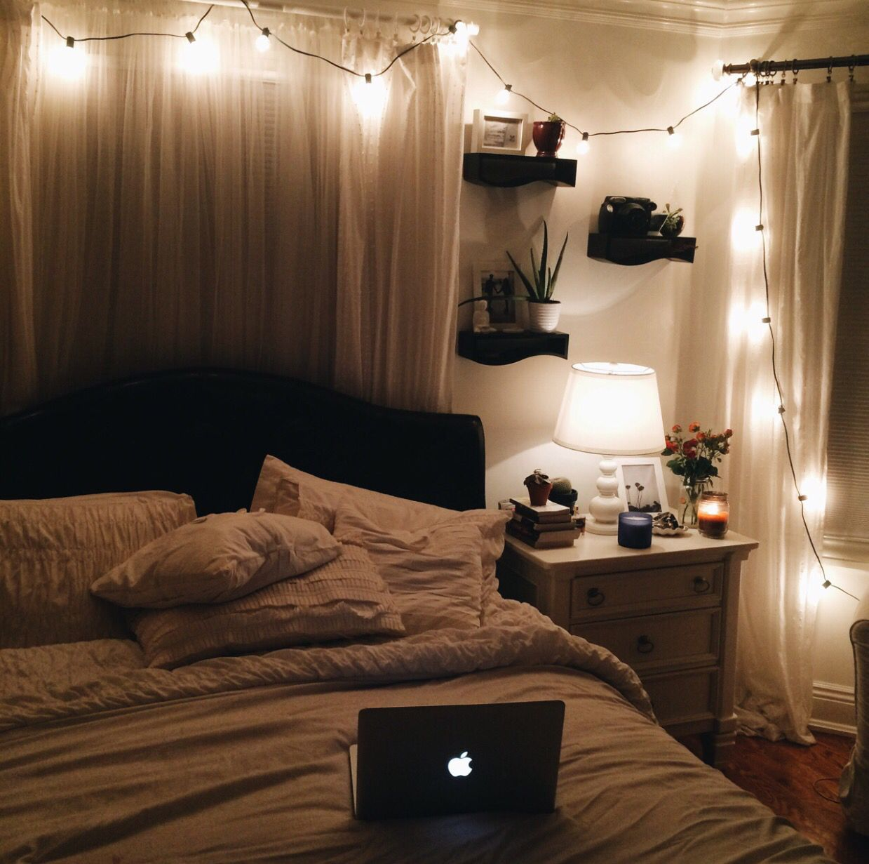 I Want This Room So Bad Aesthetic Bedroom Bedroom Night