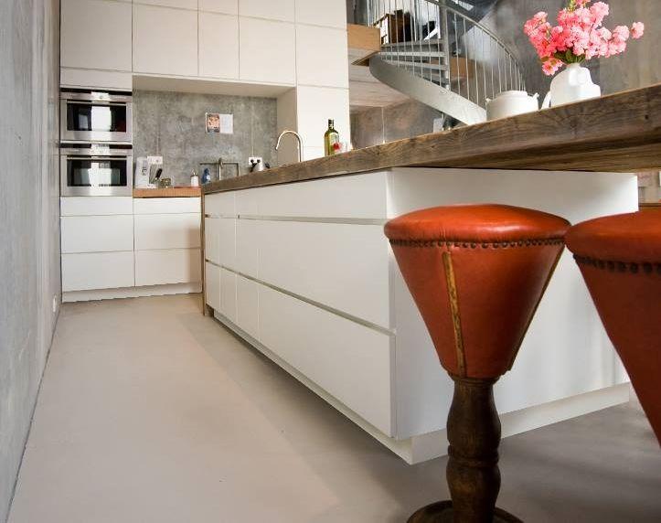Duurzame design keuken restylexl met houten werkblad en omlijsting keuken idee n uw keuken - Keuken design werkblad ...