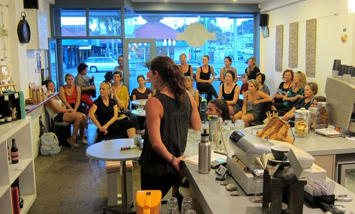 An evening at Tauranga's Smoothie Club by Ash Kramer