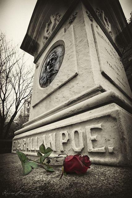 Edgar Allan Poe's Grave - Baltimore by crabsandbeer (Kevin Moore), via Flickr