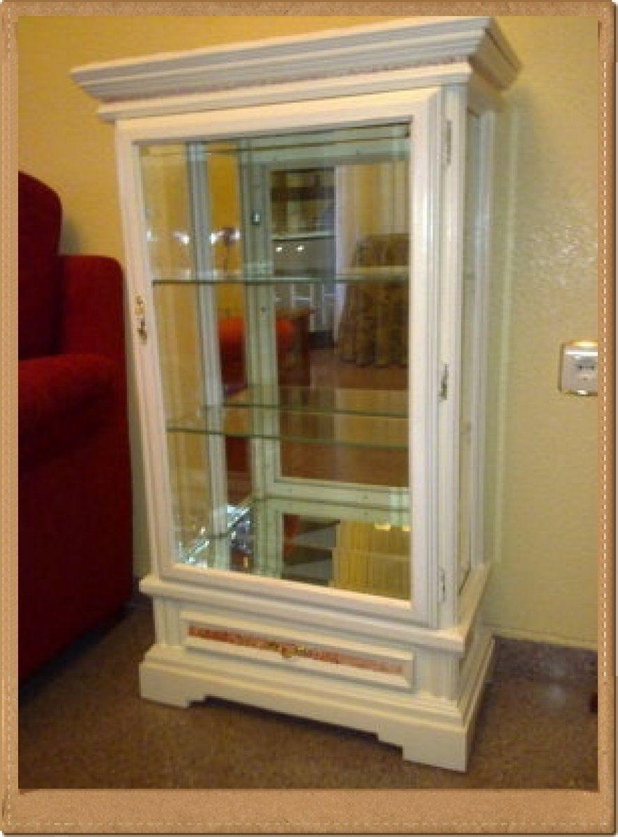 Como fabricar una vitrina de madera buscar con google - Como decorar una vitrina ...