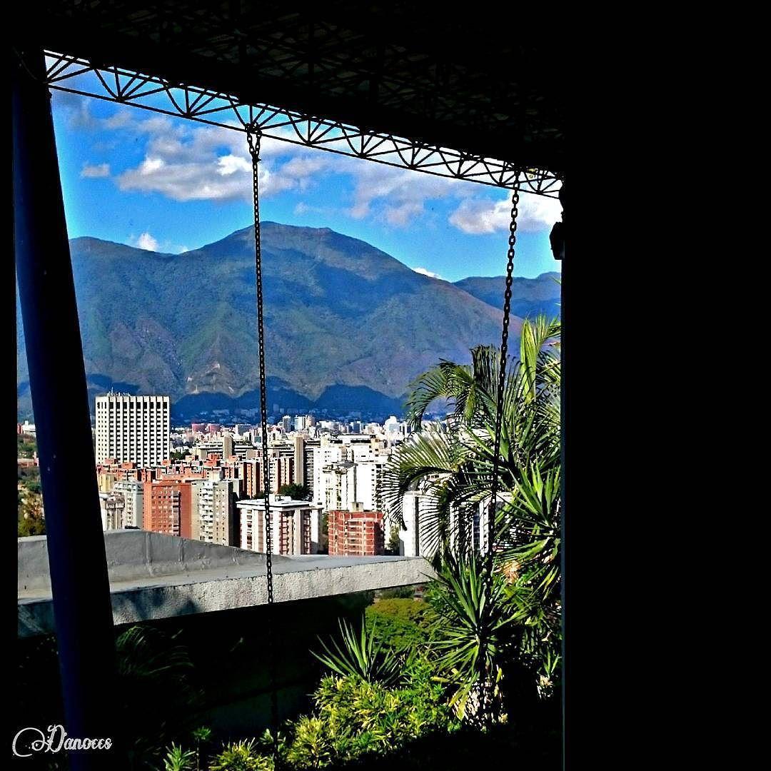 "On instagram by danoccs #landscape #contratahotel (o) http://ift.tt/1S6NFGM""Cadenas"" <<<----->> ""Chains"" ________________________________________________ #cadenas #photo #photographer #photograph #fotografía #fotografie #ElAvila #Ávila #fotografia #fotografo s #cityview #paisajes #urban #cities #ciudad _lovers #instaphoto #insta_ve photography #Caracas #igersccs #Venezuela #Ccs #instalovevenezuela #mountains"